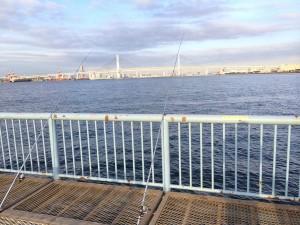 大黒海づり施設 先端付近左側