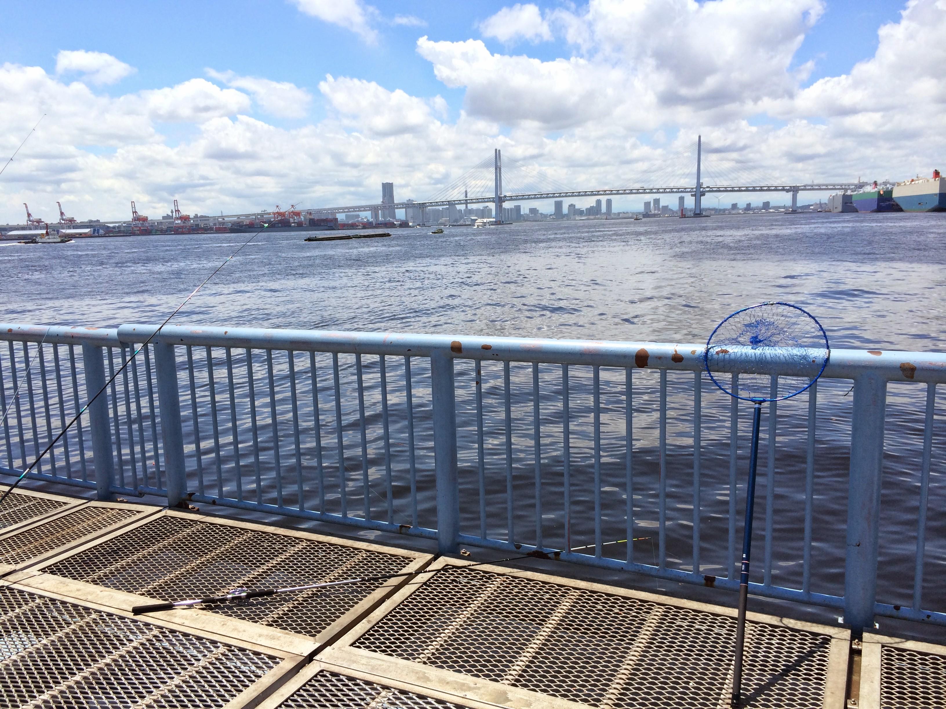 大黒海づり施設 桟橋内側先端付近
