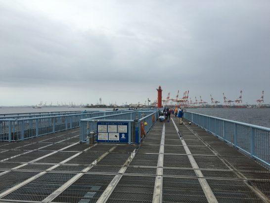 大黒海づり施設 桟橋右側