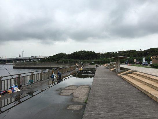 東扇島西公園 テトラ付近