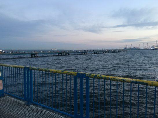 本牧海づり施設 渡桟橋