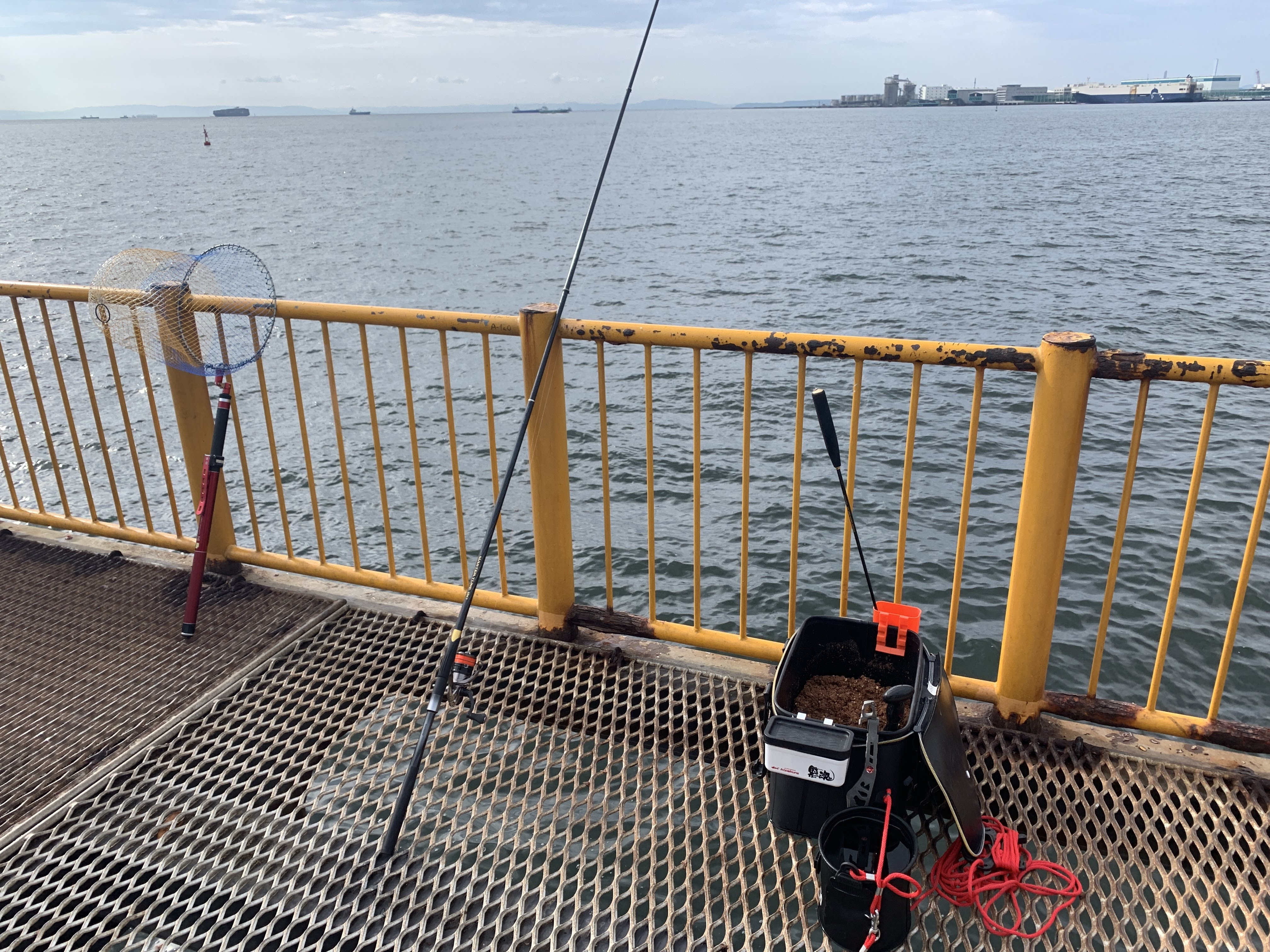 磯子海づり施設 ウキフカセ釣り